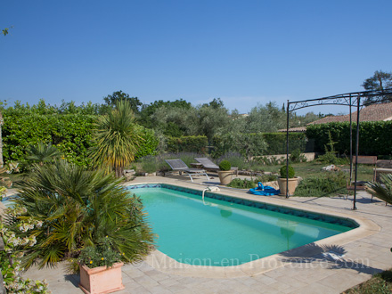 The swimming pool of the holiday rental Villa at St Cézaire sur Siagne ,Alpes Maritimes