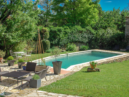 The swimming pool of the holiday rental Maison en pierre at Orsan ,Gard