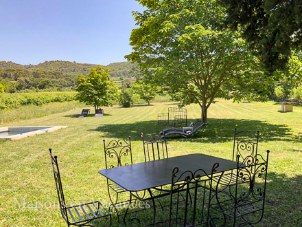 The garden of the holiday rental Mas at Bonnieux ,Vaucluse