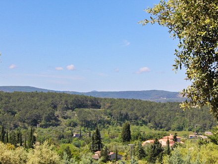 The view of the holiday rental Villa at Lorgues ,Var