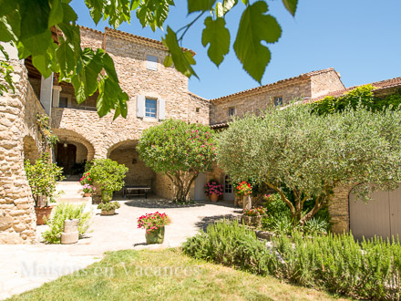 Provençal detached house in Martignargues
