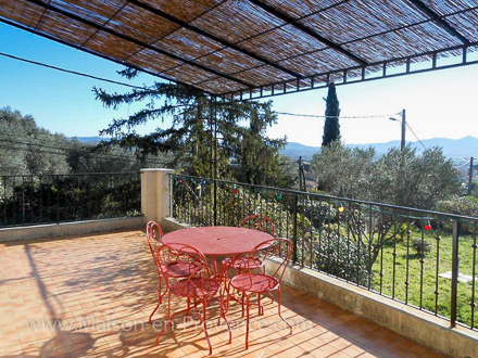 The terrace of the holiday rental Villa at La Farlède ,Var